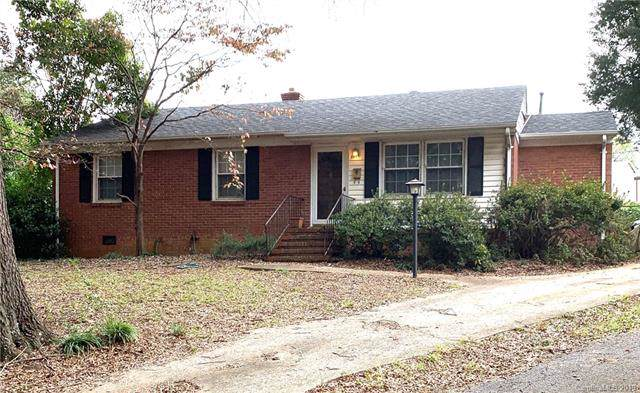 5113 Grice Court, Charlotte, NC 28210 (#3563314) :: The Andy Bovender Team