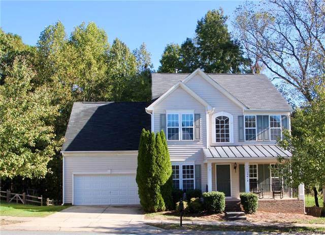 15418 Troubadour Lane, Huntersville, NC 28078 (#3563375) :: MartinGroup Properties
