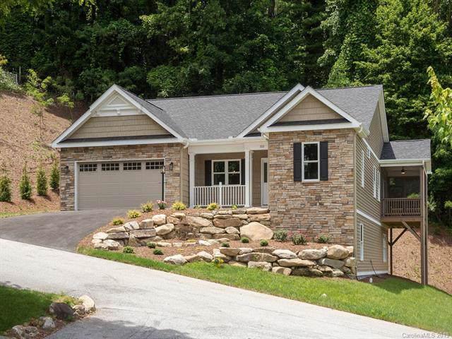 322 Shaws Creek Farm Road, Hendersonville, NC 28739 (#3563394) :: Keller Williams Professionals