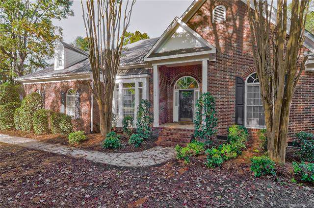 7619 Wingmont Drive, Charlotte, NC 28269 (#3563759) :: BluAxis Realty