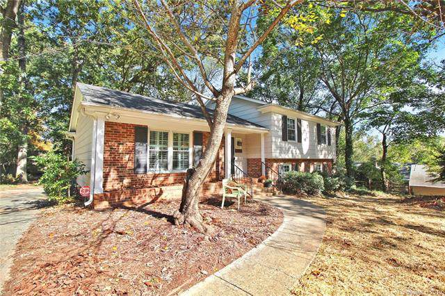 3811 Smooth Rock Court, Charlotte, NC 28210 (#3563882) :: Stephen Cooley Real Estate Group