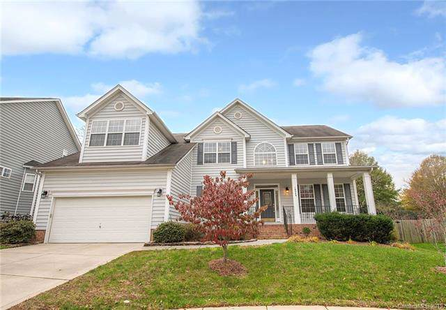 10049 Falmouth Lane, Charlotte, NC 28269 (#3564373) :: The Ramsey Group