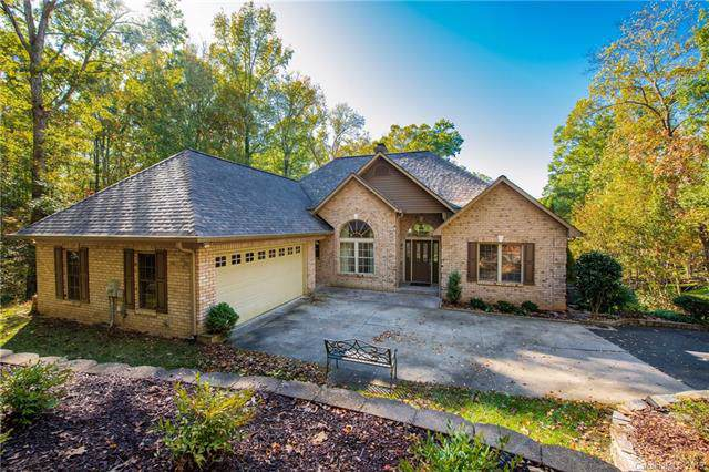 107 Hollycock Lane, Mooresville, NC 28117 (#3564416) :: LePage Johnson Realty Group, LLC