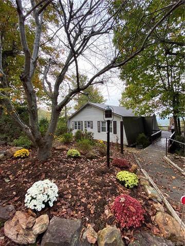 5323 Mineral Springs Ridge, Valdese, NC 28690 (#3564678) :: Homes Charlotte