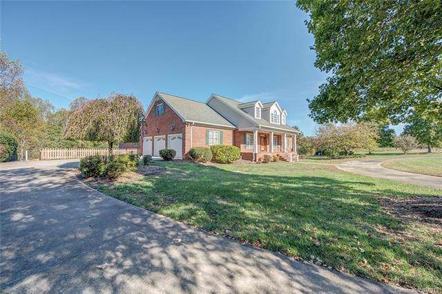 104 Carriage Court S, Shelby, NC 28150 (#3565364) :: Stephen Cooley Real Estate Group