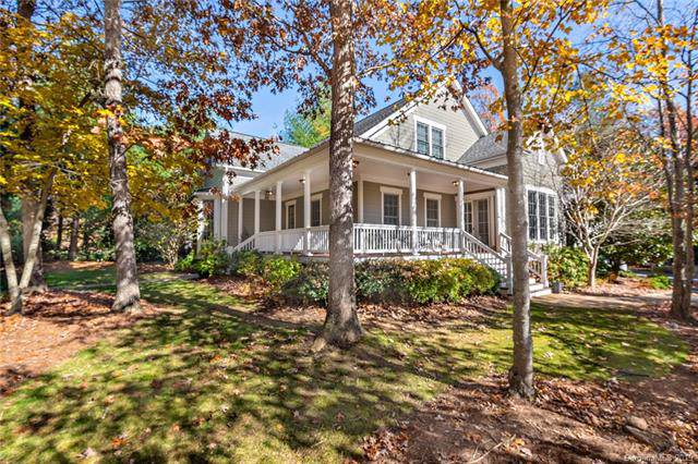 230 Racquet Club Road, Asheville, NC 28803 (#3565422) :: Johnson Property Group - Keller Williams