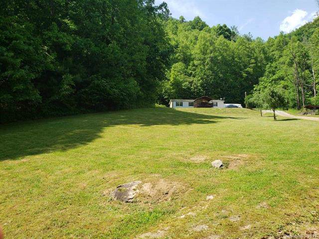 496 Roaring Fork Road, Hot Springs, NC 28743 (#3565641) :: LePage Johnson Realty Group, LLC