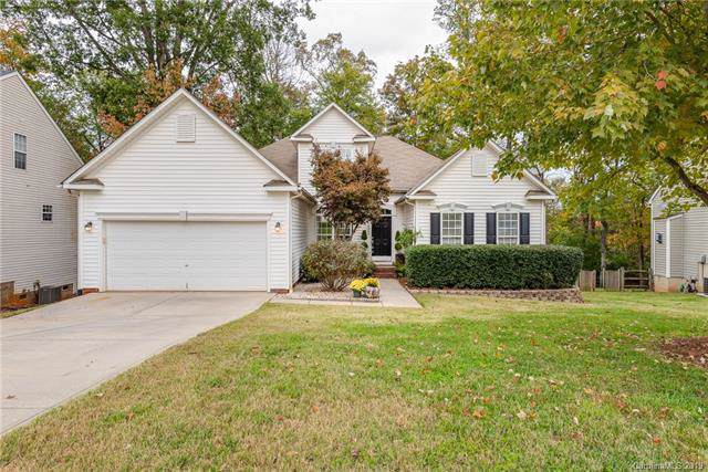 10045 Spring Park Drive, Charlotte, NC 28269 (#3565679) :: Stephen Cooley Real Estate Group