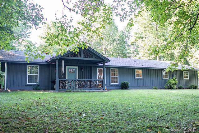 142 Beechwood Circle, Hendersonville, NC 28739 (#3565776) :: Keller Williams Professionals