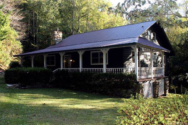 444 Hickory Cove Road, Bryson City, NC 28713 (#3565797) :: Rinehart Realty