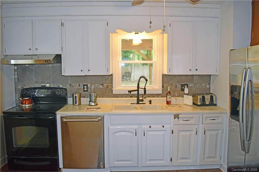 517 Walnut Street, Mooresville, NC 28115 (#3565808) :: LePage Johnson Realty Group, LLC