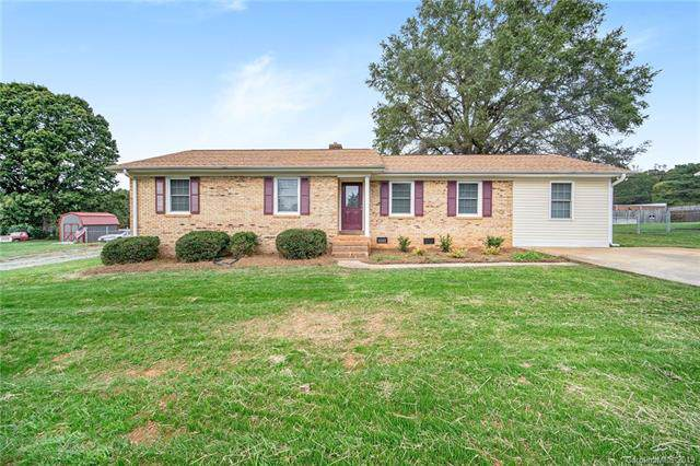 223 Brackenberry Circle, Mount Pleasant, NC 28124 (#3565928) :: Team Honeycutt