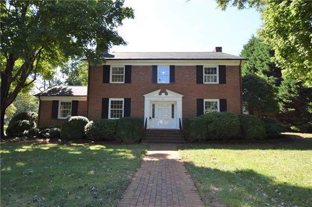 949 1st Street NE, Hickory, NC 28601 (#3565933) :: Mossy Oak Properties Land and Luxury