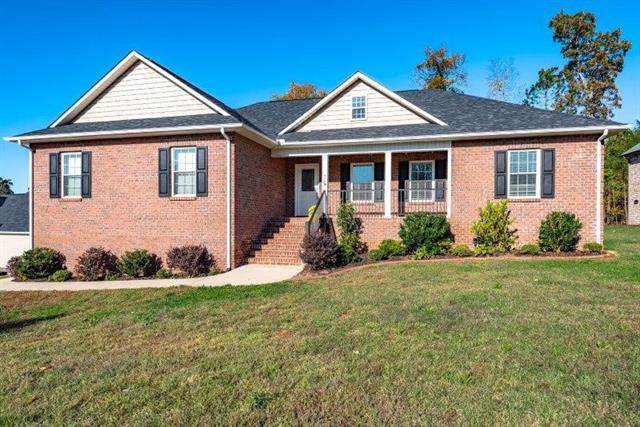 75 Linkside Lane, Hickory, NC 28601 (#3566007) :: Exit Realty Vistas