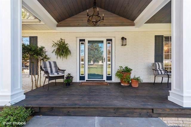 5201 Mecklenburg Shrine Club Road, Charlotte, NC 28215 (#3566019) :: Stephen Cooley Real Estate Group