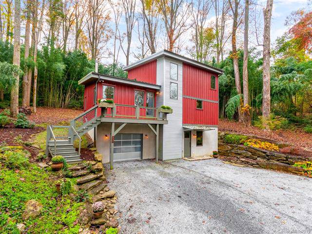 332 Upland Way, Hendersonville, NC 28739 (#3566026) :: The Andy Bovender Team