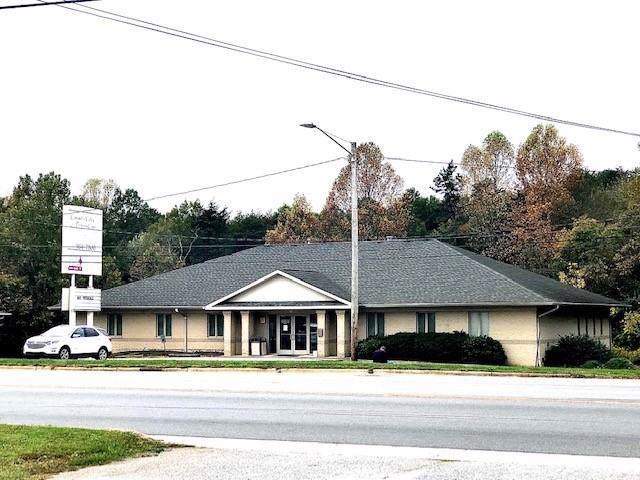 2180 Northwest Boulevard, Newton, NC 28658 (#3566147) :: Team Honeycutt