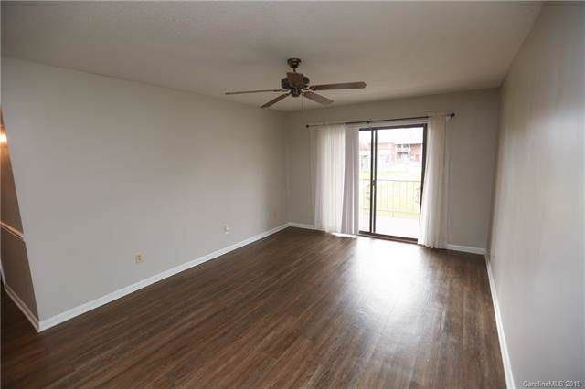 2116 S Main Street, Kannapolis, NC 28081 (#3566165) :: Mossy Oak Properties Land and Luxury