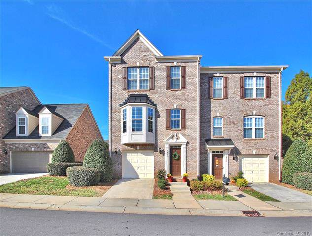 6406 Union Station Court, Charlotte, NC 28210 (#3566168) :: Carlyle Properties
