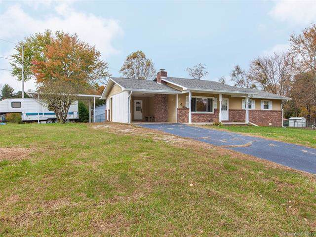 103 Azalea Way, Hendersonville, NC 28792 (#3566318) :: Keller Williams Professionals