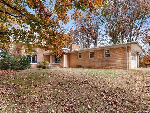 182 Crestridge Drive, Waynesville, NC 28785 (#3566496) :: Keller Williams Professionals