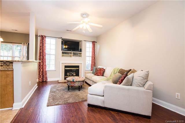 4230 Amherst Villa Court, Charlotte, NC 28273 (#3566521) :: Homes Charlotte