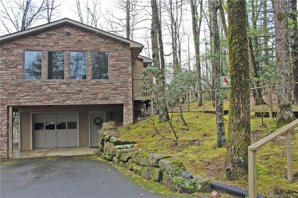 187 Kanasgowa Drive, Brevard, NC 28712 (#3566713) :: Washburn Real Estate