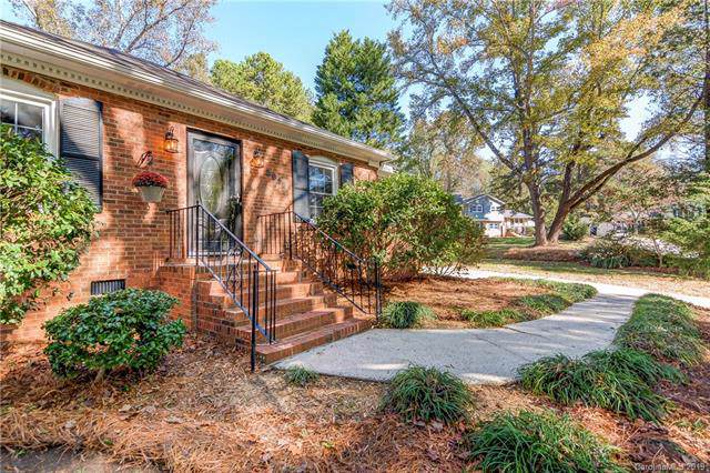 5613 Cottingham Lane, Charlotte, NC 28211 (#3566971) :: Carlyle Properties