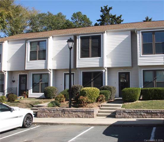 10906 Carmel Crossing Road, Charlotte, NC 28226 (#3567035) :: Carlyle Properties