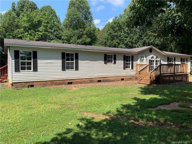 135 Fox Hunter Road, Harmony, NC 28634 (#3567097) :: Rinehart Realty