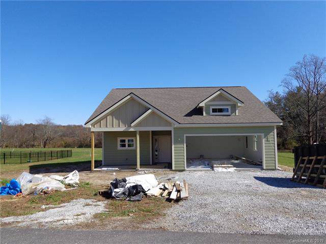 896 Blacksmith Run Drive #81, Hendersonville, NC 28792 (#3567627) :: Miller Realty Group