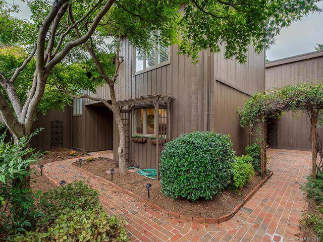 4907 Torrey Pines Court, Charlotte, NC 28226 (#3567737) :: Carlyle Properties
