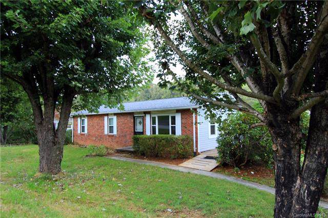 18 Hookers Gap Road, Candler, NC 28715 (#3567826) :: Exit Realty Vistas
