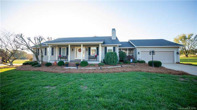 136 Meadow Oaks Drive, Statesville, NC 28625 (#3567889) :: RE/MAX RESULTS