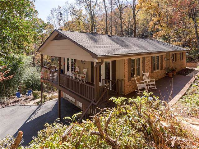 156 Long John Drive, Hendersonville, NC 28791 (#3568047) :: Johnson Property Group - Keller Williams