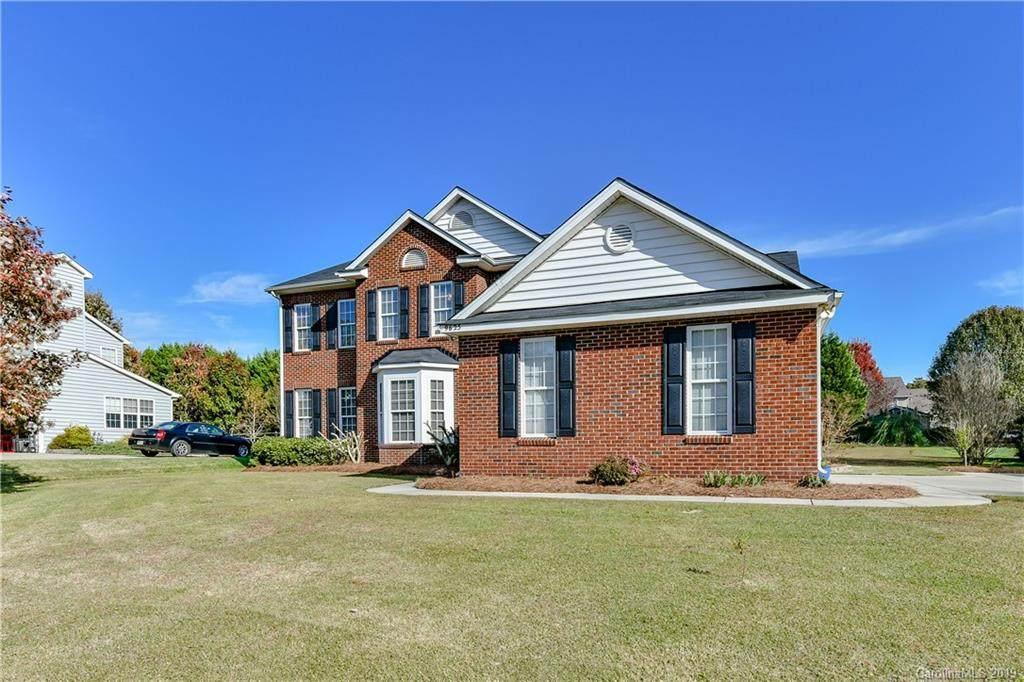 9625 Belloak Lane, Waxhaw, NC 28173 (#3568235) :: Stephen Cooley Real Estate Group