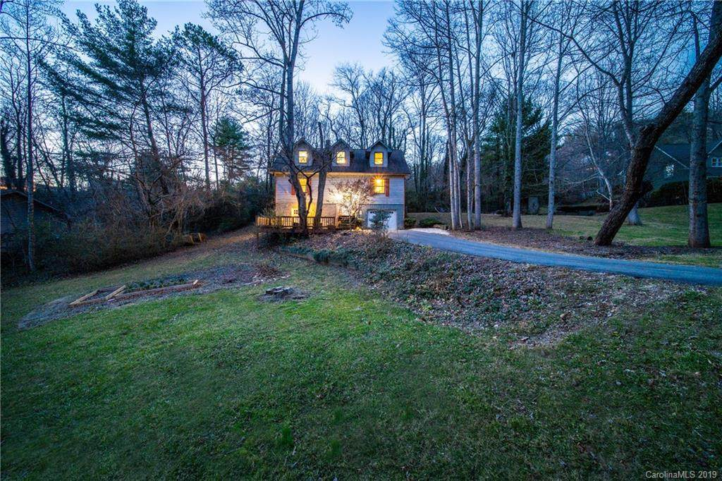 14 Crabapple Lane W, Asheville, NC 28804 (#3568280) :: Keller Williams Professionals