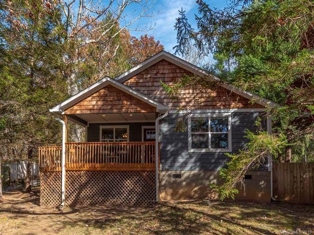 104 Park Ridge Avenue, Swannanoa, NC 28778 (#3568388) :: Besecker Homes Team