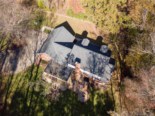 3438 Forest Lawn Drive, Matthews, NC 28104 (#3568575) :: High Performance Real Estate Advisors