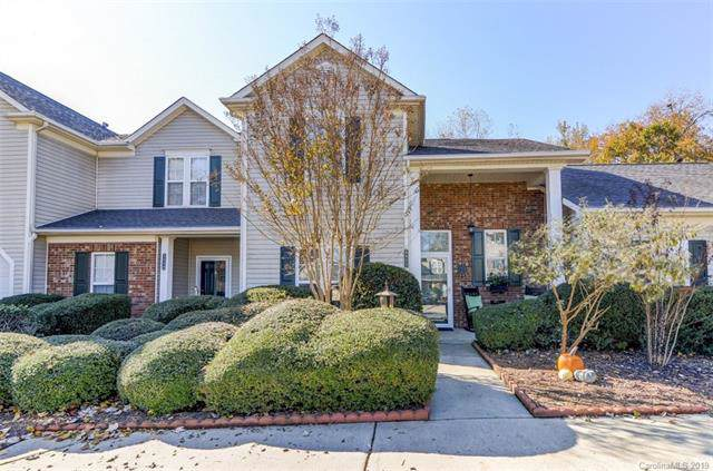 8953 Cinnabay Drive, Charlotte, NC 28216 (#3568621) :: High Performance Real Estate Advisors