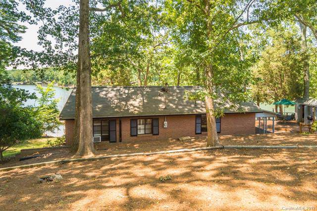 5551 Beaverdam Creek Road, Lake Wylie, SC 29710 (#3568718) :: Stephen Cooley Real Estate Group
