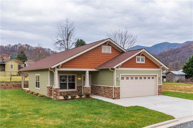 17 Junes Way, Waynesville, NC 28786 (#3569142) :: High Performance Real Estate Advisors