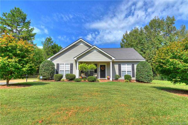 211 Cupped Oak Drive, Matthews, NC 28104 (#3569175) :: MOVE Asheville Realty