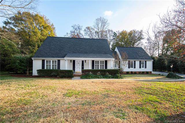 401 Fairway Drive, Fort Mill, SC 29715 (#3569403) :: Stephen Cooley Real Estate Group