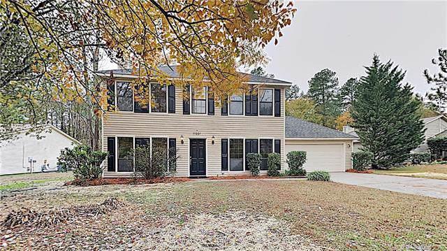 11001 Fox Mill Lane, Charlotte, NC 28277 (#3569470) :: Besecker Homes Team