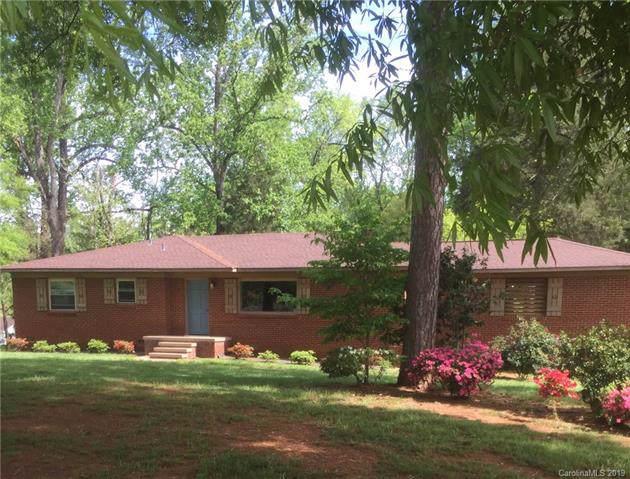 8116 Denbur Drive, Charlotte, NC 28215 (#3569540) :: LePage Johnson Realty Group, LLC