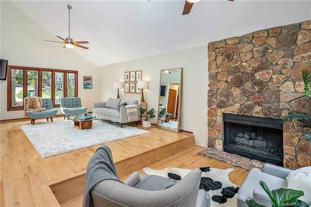 1233 Wandering Way Drive, Charlotte, NC 28226 (#3569671) :: MOVE Asheville Realty