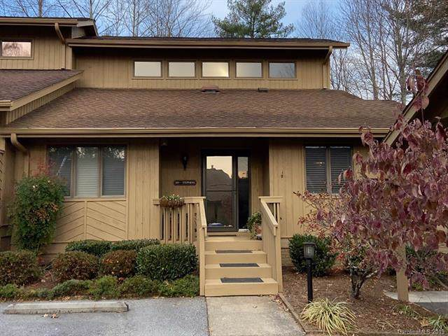 301 Red Oak Drive, Hendersonville, NC 28791 (#3569906) :: The Mitchell Team