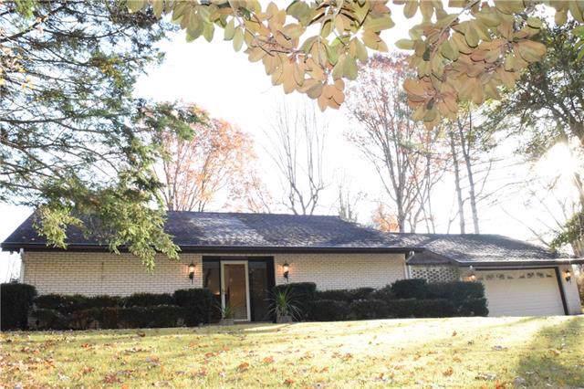 1016 Ridgewood Drive NE, Lenoir, NC 28645 (#3569921) :: LePage Johnson Realty Group, LLC