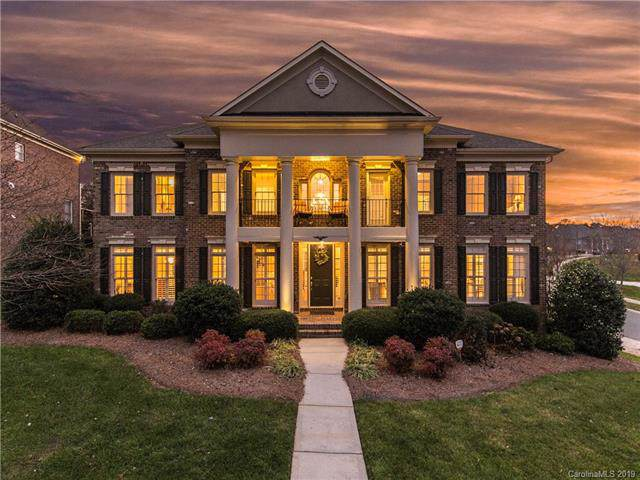 14602 Hollow Wood Road, Huntersville, NC 28078 (#3570130) :: Carlyle Properties